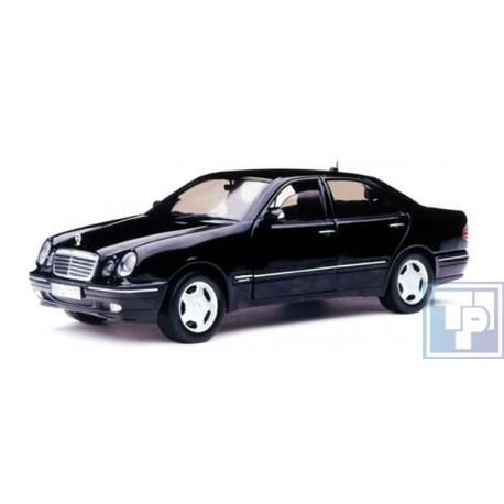 Mercedes-Benz, E320 (W210), 1/18