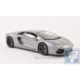 Lamborghini Aventador LP 700-4, 1/18